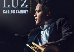 Carlos Sarduy  – Luz
